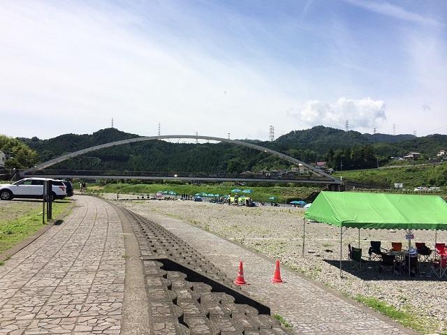 秋川橋河川公園2